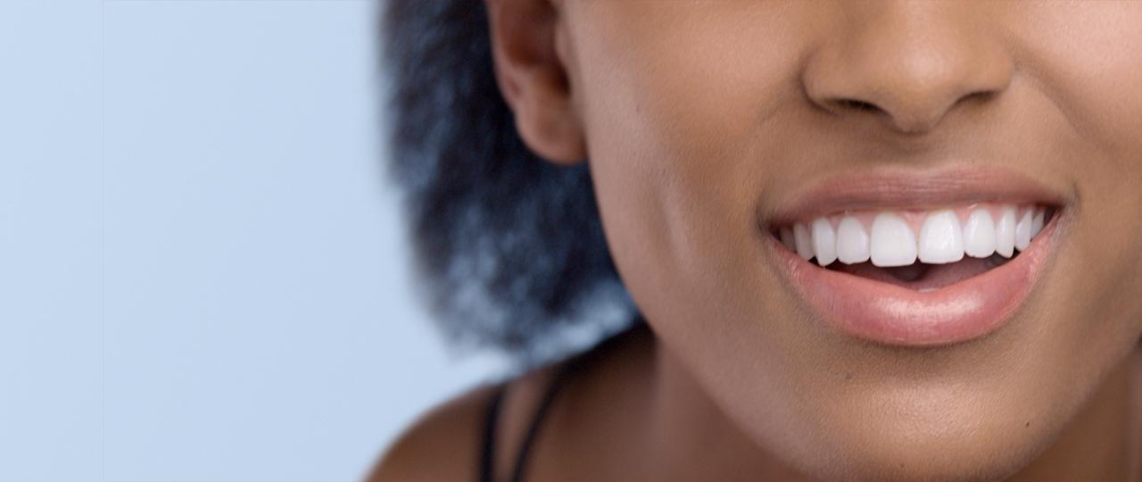 4 συμβουλές για να βοηθήσετε τα ερεθισμένα ούλα